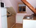 Kuchyňka apartmánu v podkroví | Ubytování Karlova Studánka